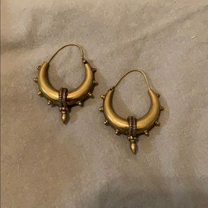 Handcrafted dangle brass earrings from Thailand